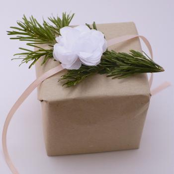 selyempapír virág, fehér