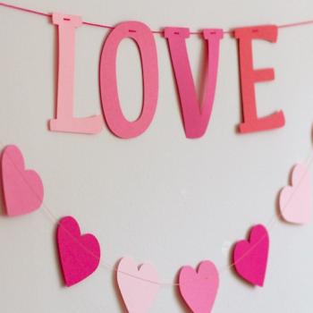 Felirat girland - LOVE