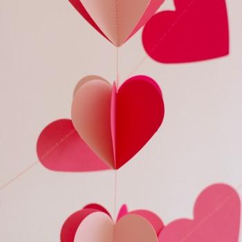 függő szívgirland, ombre pink